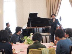 2013年3月石巻にて「食と音楽の交流」